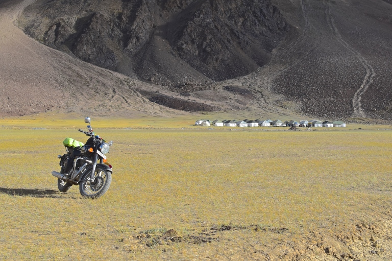 motorcycle camp mountains india